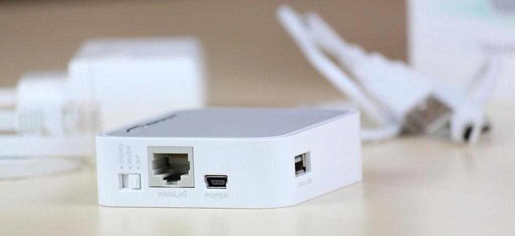TP-LINK TL-MR3020 – компактный Wi-Fi роутер, оснащенный USB-портом для подключения 3G/4G и LTE модемов.