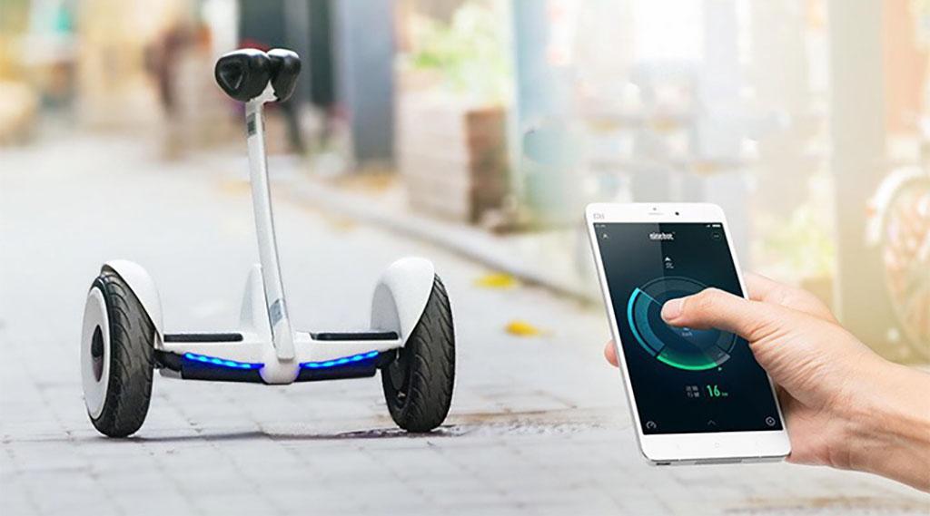Гироскутер Xiaomi Ninebot Mini білий - аналіз положення тіла 200 разів в секунду