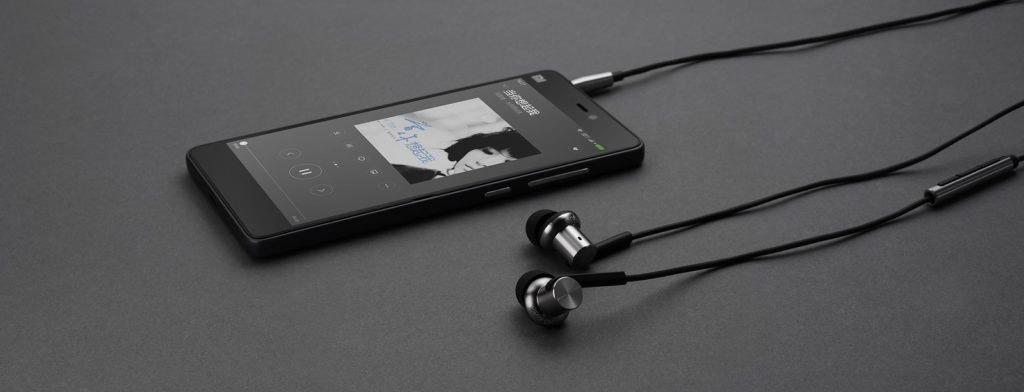 Наушники Xiaomi Mi In-Ear Headphones Pro HD silver - Пульт управления