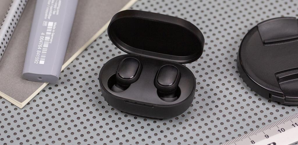 Беспроводные наушники Xiaomi (Mi) Redmi AirDots True Wireless Earbuds Basic - эргономичные беспроводные Bluetooth-наушники с мощным и насыщенным звуком