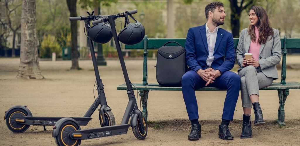 Электросамокат Ninebot KickScooter MAX - Двойной тормоз