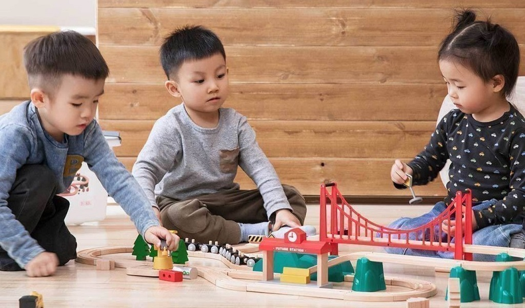 Xiaomi Mitu Track Building Block Electric Train Set развивает самые необходимые навыки для ребенка